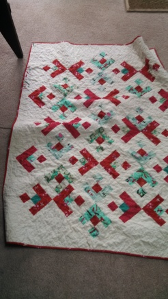 Christmas quilt-along with Fresh Lemon Quilts on the Bernina website